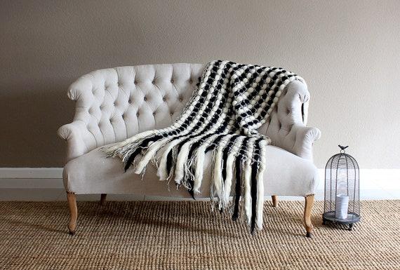 Awe Inspiring Black And White Dorm Knit Throw Blanket Wedding Anniversary Parents Fringes Throw Blanket Housewarming T Knit White Black Knit Throw Creativecarmelina Interior Chair Design Creativecarmelinacom