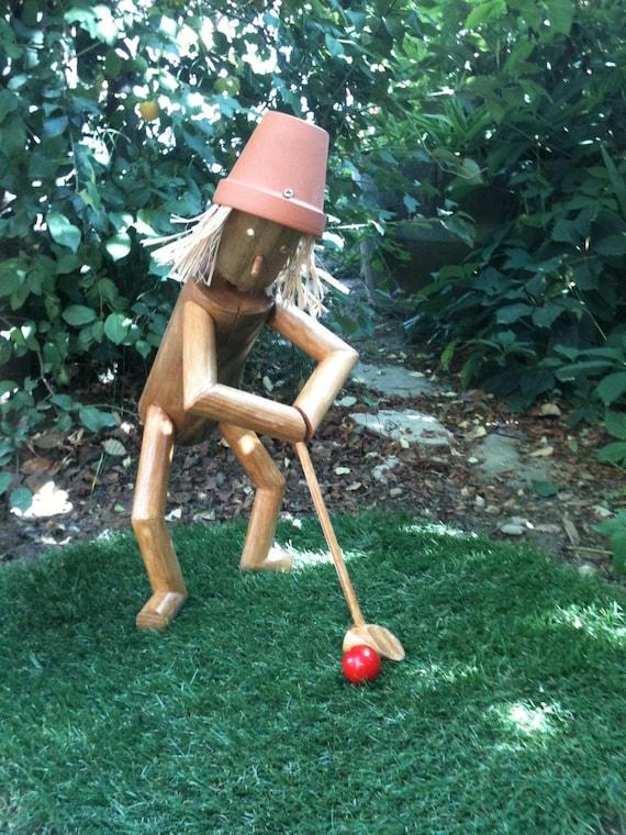 le golfeur le penseur de rondin petit bonhomme en bois etsy. Black Bedroom Furniture Sets. Home Design Ideas