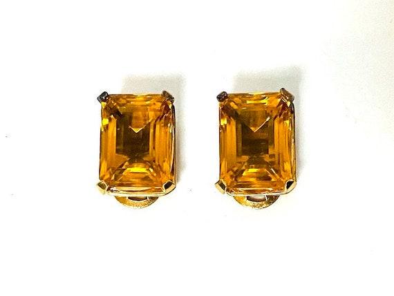 Vintage Mazer Gold Orange Gemstone Clip On Earring