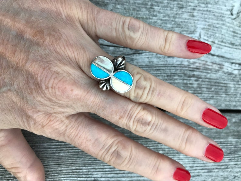 81814 Turquoise mother-of-pearl and bone ring
