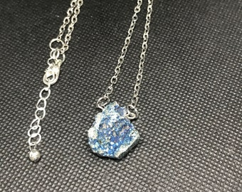 Blue raw druzy pendant necklace, druzy quartz necklace, druzy necklace