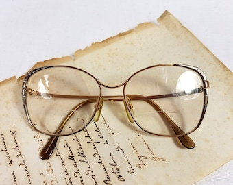 cfa708e249 Gold L AMY Vintage glasses