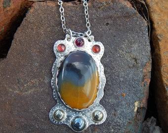 Kentucky Agate Silver Pendant & Necklace