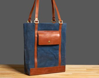 Waxed canvas tote. Womens canvas bag.  Canvas leather tote. Waxed canvas handbag. Waxed canvas purse.