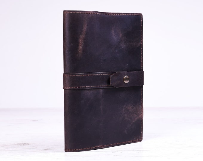 Dark brown A5 leather journal cover. Notebook cover. Notebook holder. Moleskine notebook case. Personalized gift