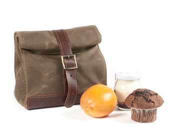 Field tan waxed canvas lunch bag with leather handle.