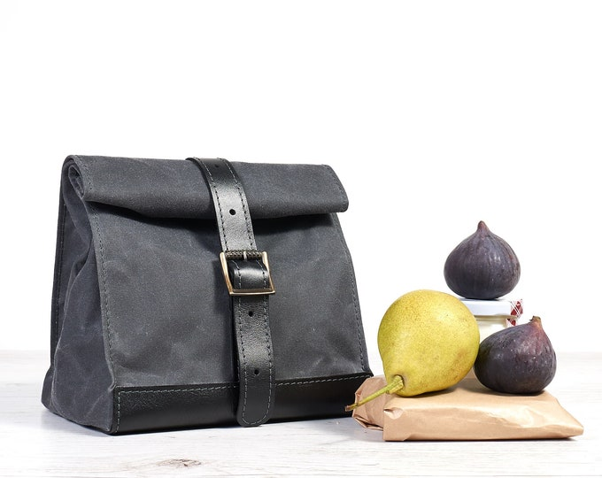 Grey waxed canavs lunch bag. Canvas and leather picnic bag.