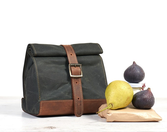 Dark Green waxed cotton lunch bag. School lunch box.