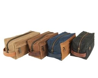 Waxed canvas dopp kit. Travel accessories.
