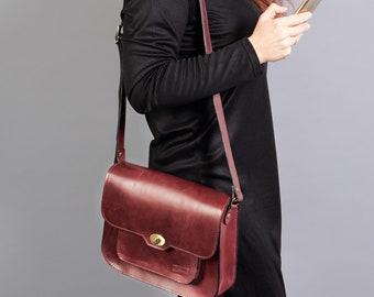 Burgundy leather shoulder bag. Leather crossbody bag. Leather satchel bag.