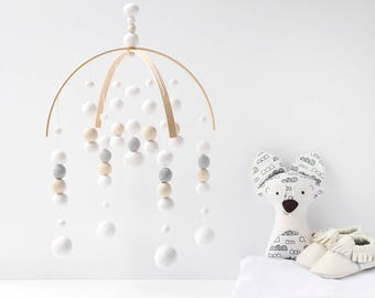 White and Grey Baby Mobile - White Baby Mobile - Gender Neutral Nursery Mobile - Felt Ball Mobile - Ceiling Mobile - Mobile Baby