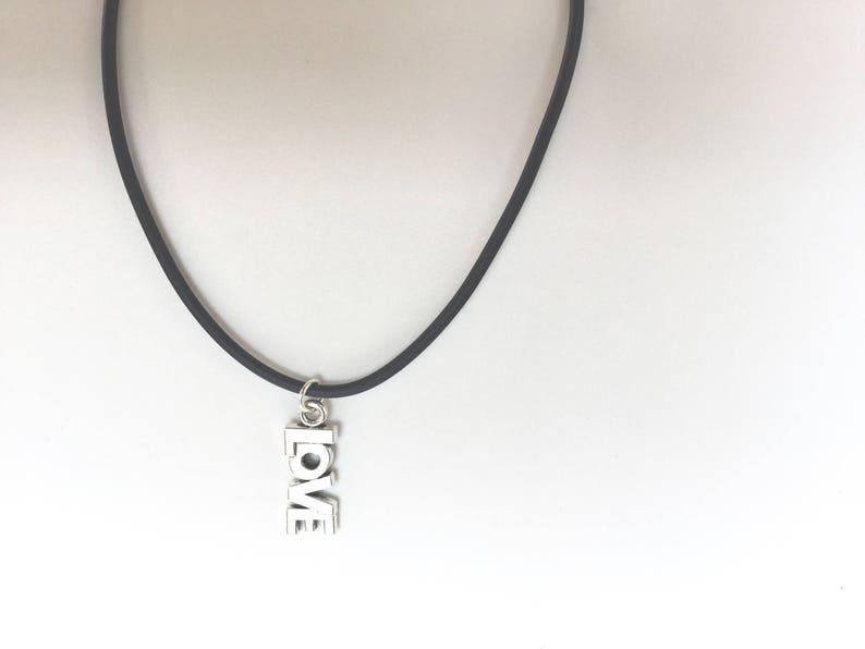 Necklace with silver pendant g Love silver pendant necklace