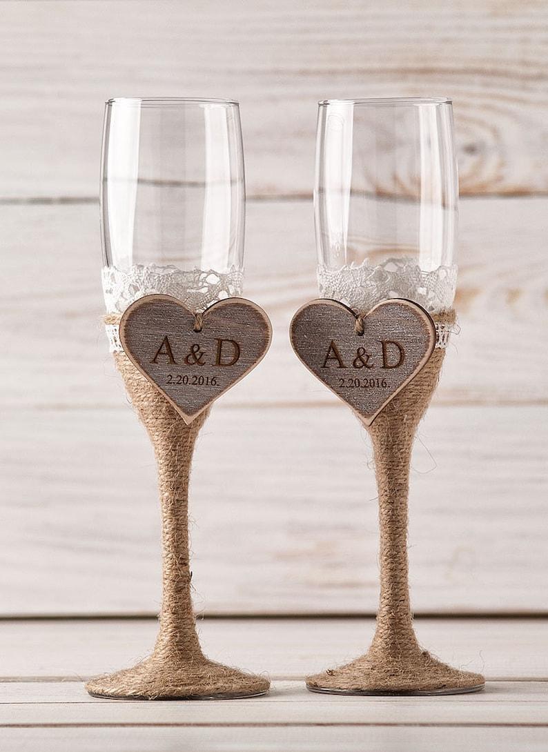 Mariage de flûtes de Champagne mariée et le marié Toast verres, flûtes à Champagne de Mr Mme flûtes de mariage personnalisé mariage cadeau fiançailles