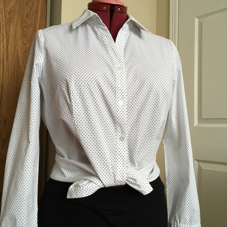 Petite Women Black Polka Dot Blouse Fitted Vintage White Shirt Size Petite 14