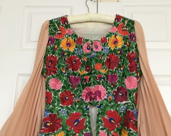 """Vintage Hand Embroidered Hand Made Custom Made Hungarian Kalocsa Matyo Floral Motif Blouse Peplum  Lined Fitted  Chest 36"""" Waist 29"""""""