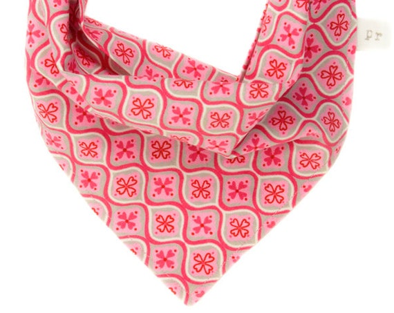 Valentine's Day Dog Bandana, Pink Puppy Scarf, Heart Bandanna for Doggy, Pretty Neckerchief, Holiday Pet Scarves, Doggy Chief, Gift for Dogs