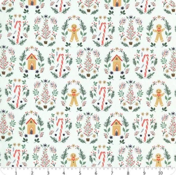 Christmas Dog Bandana, Gingerbread Puppy Scarf, Winter Pet Bandanna, Holiday Kerchief Dogs, Xmas Doggy Neckerchief, Stocking Stuffer Puppies