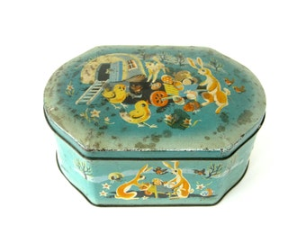 VINTAGE BISCUIT TIN - Very rare and collectable confectionery tin / rabbits, chicks, lambs, robins, mouse, Easter eggs, etc