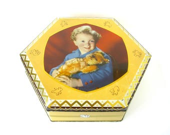 Vintage Teddy Bear Tin - very collectable old English toffee, confectionery tin /  sweet novelty metal tin box