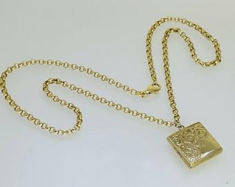 """Vintage 9ct Gold Front & Back Square Locket Gold 18"""" Belcher Chain 8.9g Engraved"""