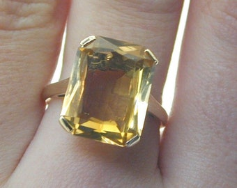 Yellow Citrine Gold 8.40 cts Citrine Ring size O 1/2 4.2g 9 carat