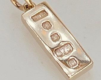 1977 Vintage 9 Carat Yellow Gold Ingot Pendant Charm Necklace 4.6g 26.8 x 7mm