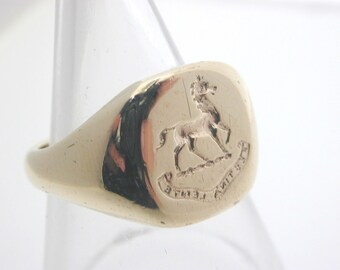 1991 9ct Yellow Gold Horse Intagtlio Signet Ring size L 1/2