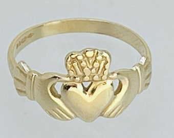 1991 Vintage 9ct Yellow Gold Claddagh Ring 1.5g Size 'I' Love Loyalty Friendship