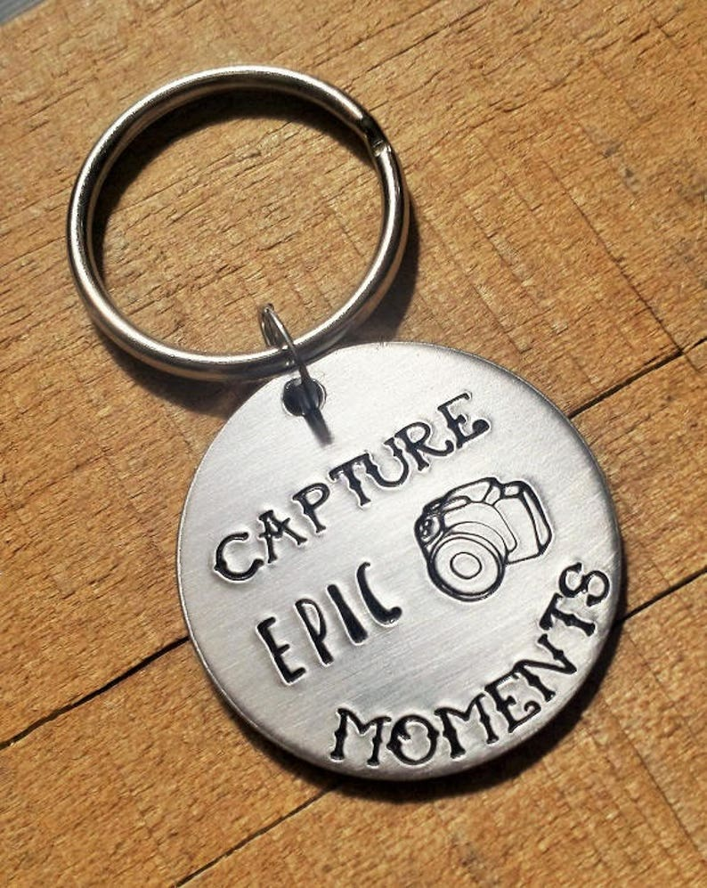 Photography Camera Key Chain Gift - Gift for Photographers - Photographer  Keychain - Photographer Key Ring - Camera Keychain