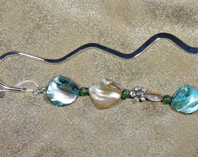 Tropical Shell and Flowers Wave Bookmark