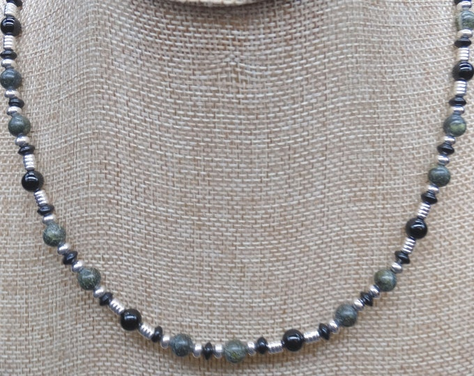 Russian Serpentine and Black Onyx Flare Necklace