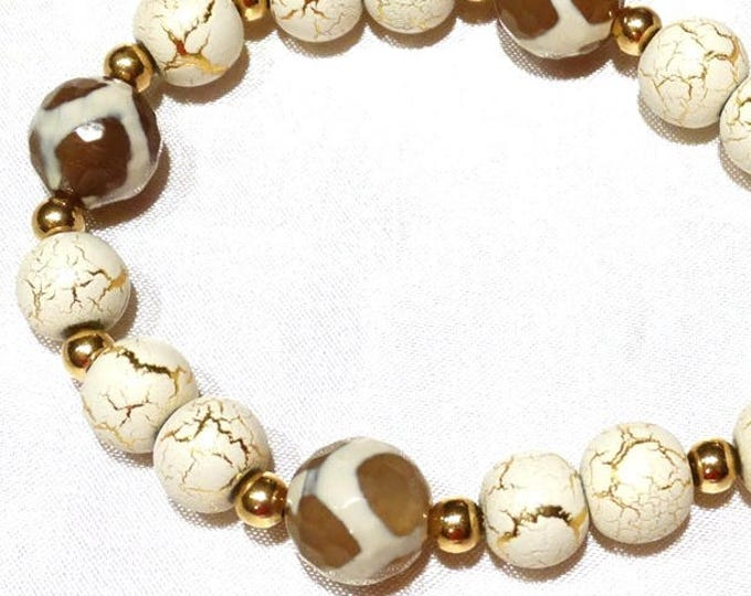 Crackle and Agate Cream and Gold Bracelet and Earring Set