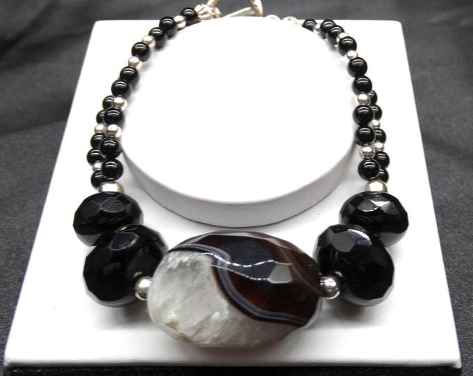 A Druzy Agate Bracelet