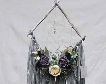 Grey Driftwood Diamond Dream Catcher with Dried Flowers