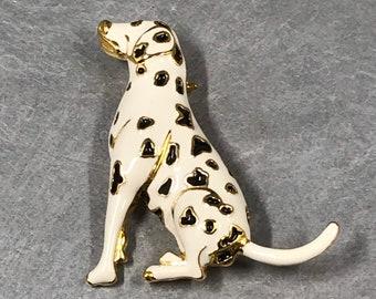 A PAIR OF FUN ENAMEL SPOTTY DOG//DALMATIAN EARRINGS.