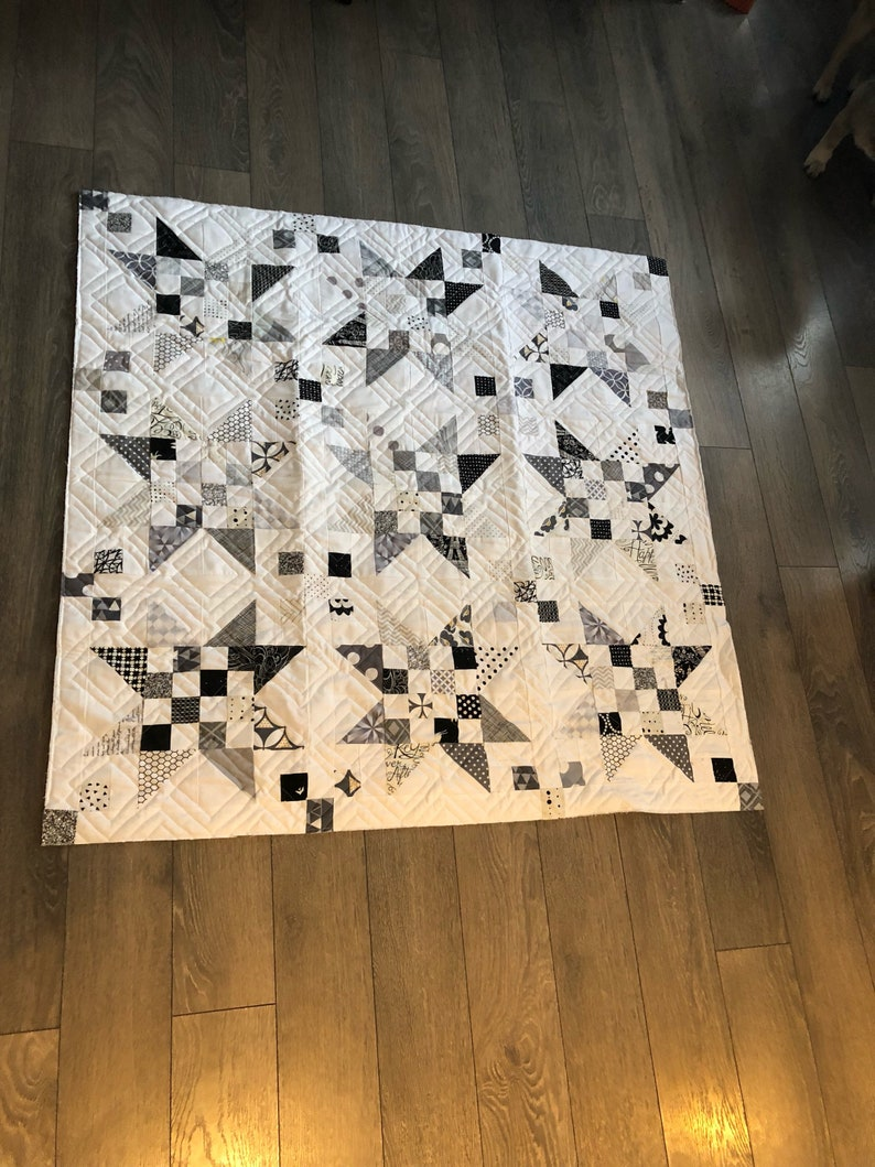 Monochromatic modern baby quilt