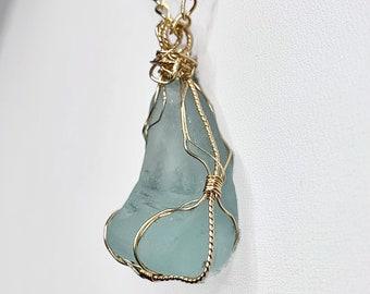 Seashell Jewelry Statement Necklace Seashell Necklace Trendy Jewelry Painted Jewelry Beach Jewelry Beach Wear Wearable Art Jewelry