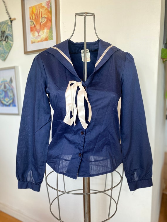 Vintage women's Blouse / 1990s Navy Sailor Inspire