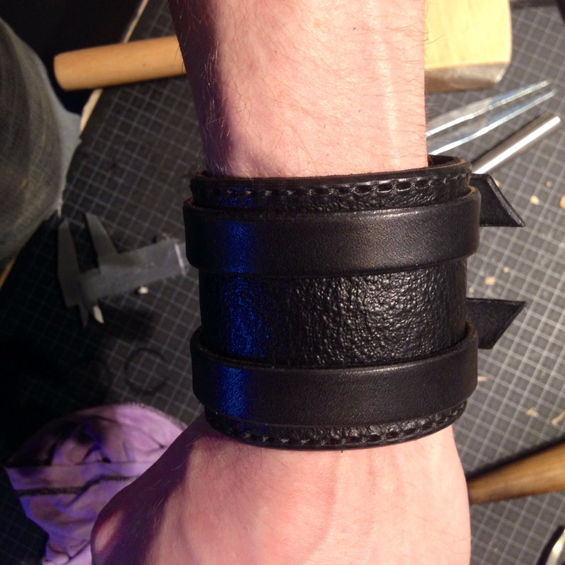 Leather cuff image 0