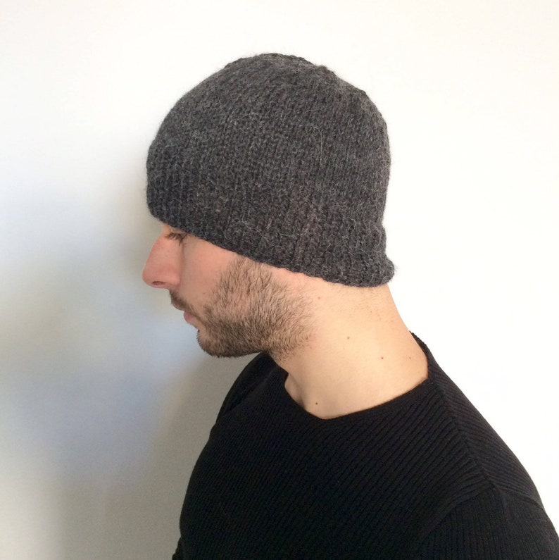 Berretto PURO ALPACA ai ferri. Cappello di lana per uomo  20f7ae6b5cf8