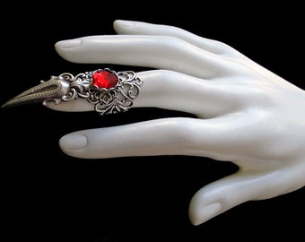 Claw Ring - Goth - Vampire - Witch - Ruby Red - Gothic Style - Silver - Dark Romanticism - Witchy - Wiccan - Scarlett - Metal - Halloween