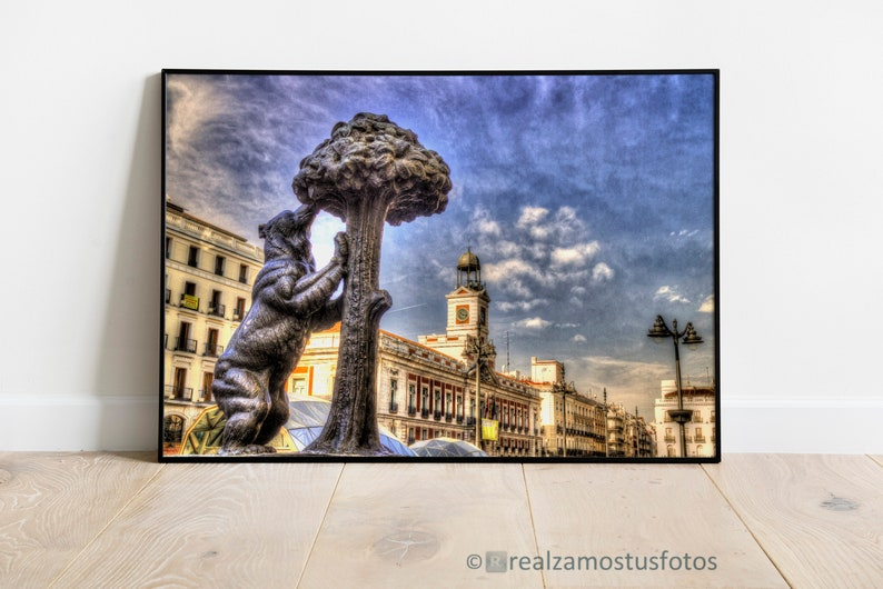 Madrid Printed photography of Puerta del Sol Photography Bear image 0
