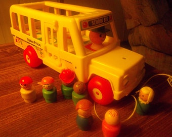 vintage fisher price little people bus