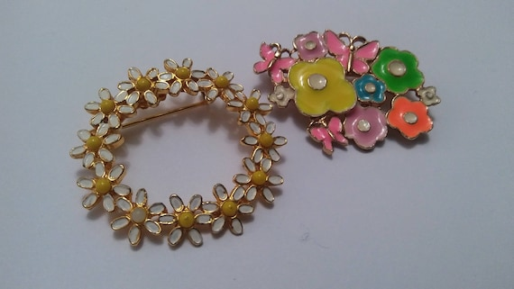 Lot of two 1960's flower power Signed Weiss flower