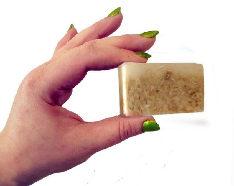 Oatmeal Milk & Honey  25g Wee Mini Guest Soap. Vegan Natural image 0