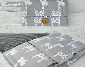 Nappy Wallet / Diaper Clutch with built-in waterproof Change Mat