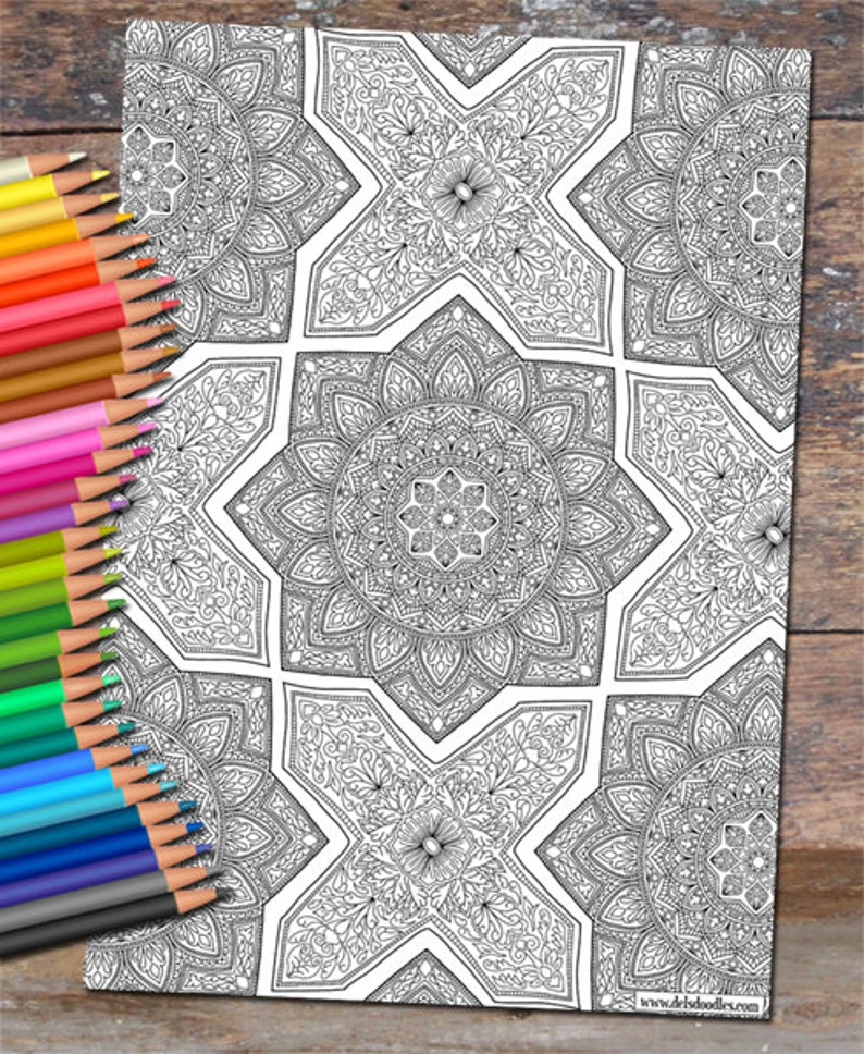 Islamic Tile Detailed Colouring Page image 0