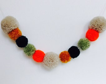Pom Pom Garland, Party Banner, Fall Banner, PomPom Bunting, Pom Pom Trim, PomPom Banner, PomPoms, Yarn Pom Banner, Yarn Garland, PomPom Yarn