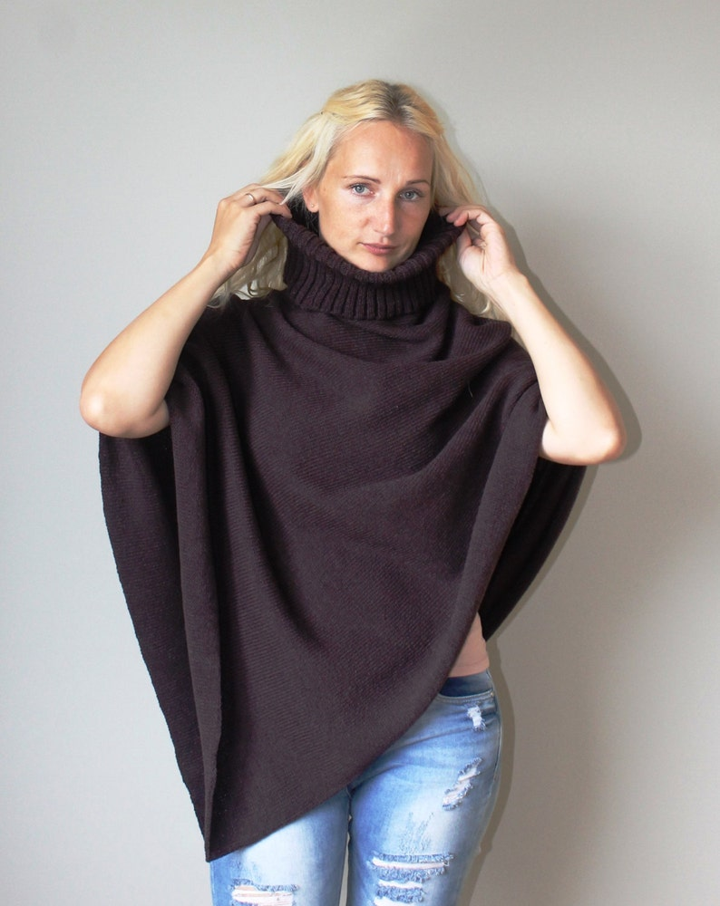 2a962186330be6 Poncho Wollmantel mit Kragen / Frauen Cape Mantel / wolle | Etsy