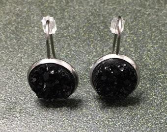 Black sparkling dangling earrings